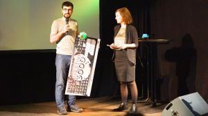 Preisübergabe in der Kategorie STADT, LAND, ZWISCHENRÄUME an Mehmet Serif Karakoyun