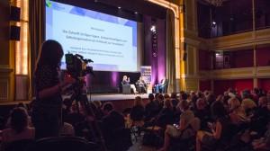 """Foresight Filmfestival 2016 Blitzgespraech """"Die Zukunft ist Open Space"""""""