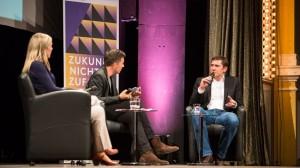 Foresight Filmfestival 2016 Blitzgespraech mit Dr. Constanze Kurz (Chaos Computer Club) Dr. Stefan Hellfeld (FZI)